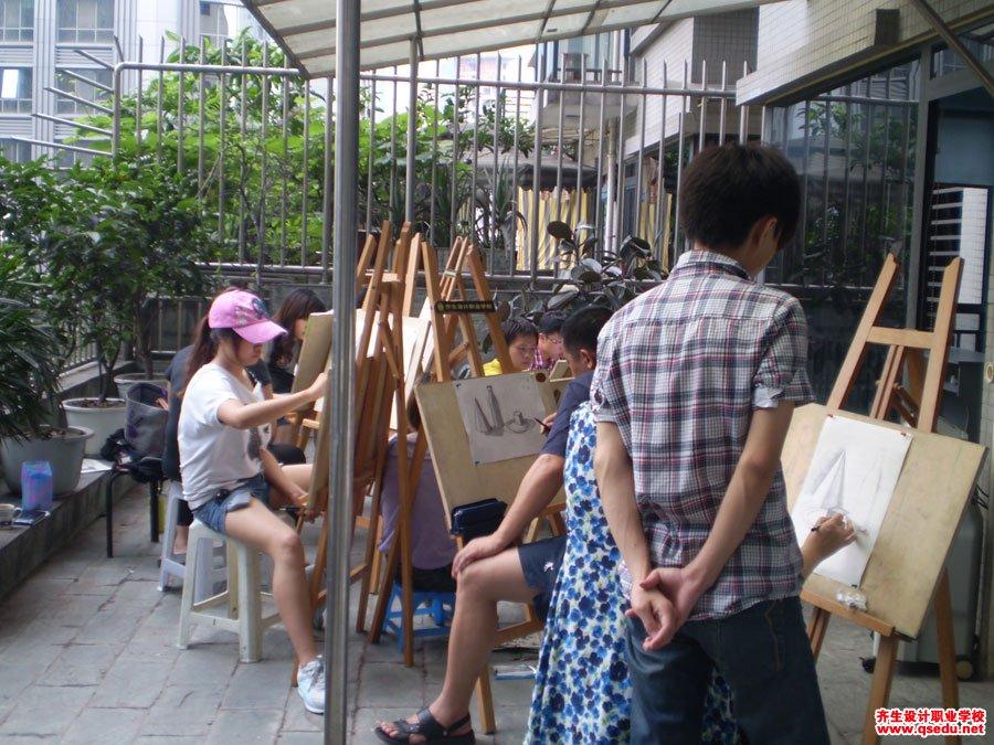 齐生设计职业学校2011年6月手绘课照片2
