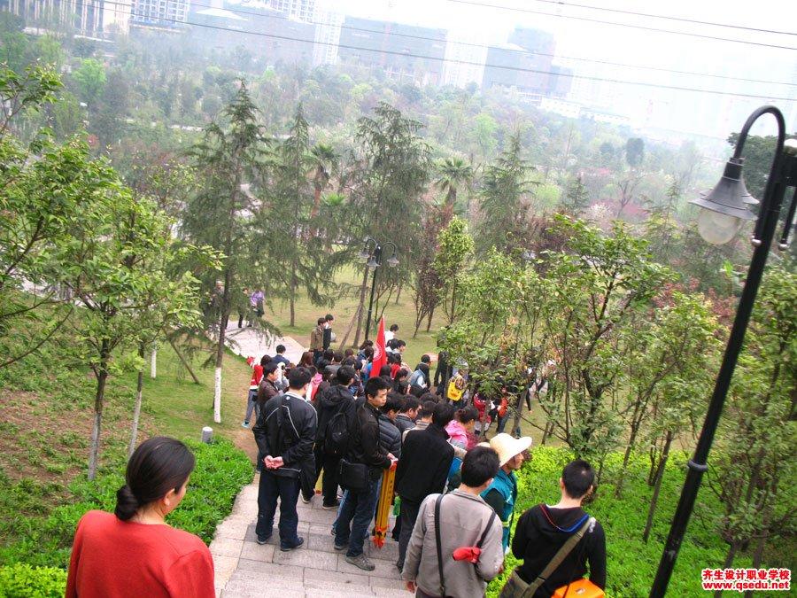 齐生设计职业学校2012年3月校外学习5